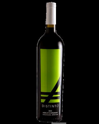 bottle of Vinos Expresion Distinto Merlot Carignan