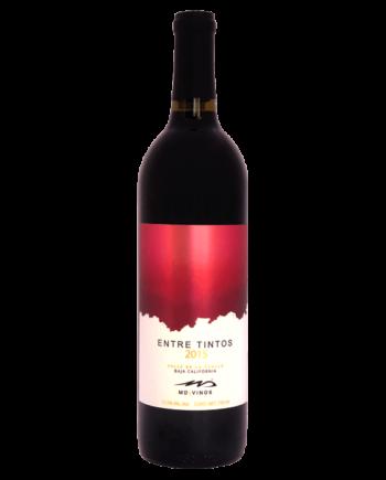 bottle of MD Vinos Entre Tintos Valle de Guadalupe